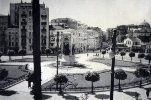 Eski_stanbul_Resimleri_-_Taksim_Meydan